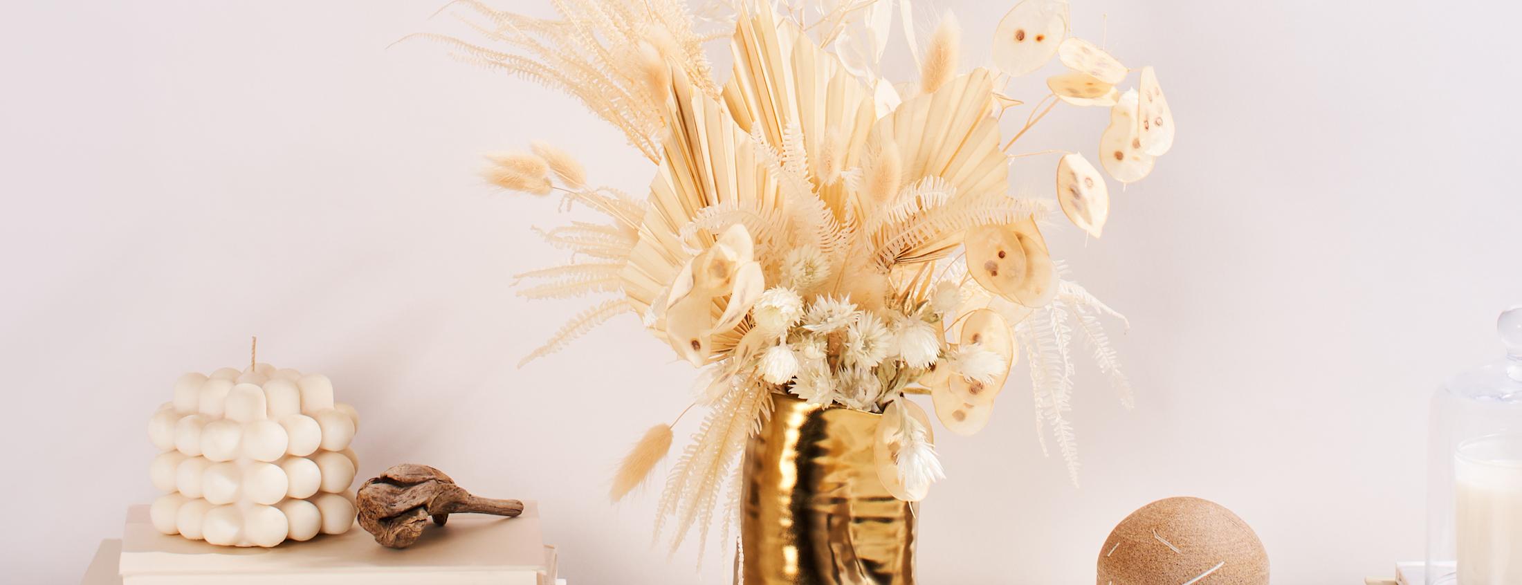 Pale hued dried bouquet