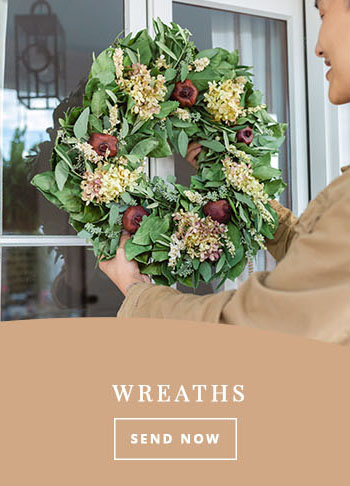 thanksgiving wreaths and fall decor