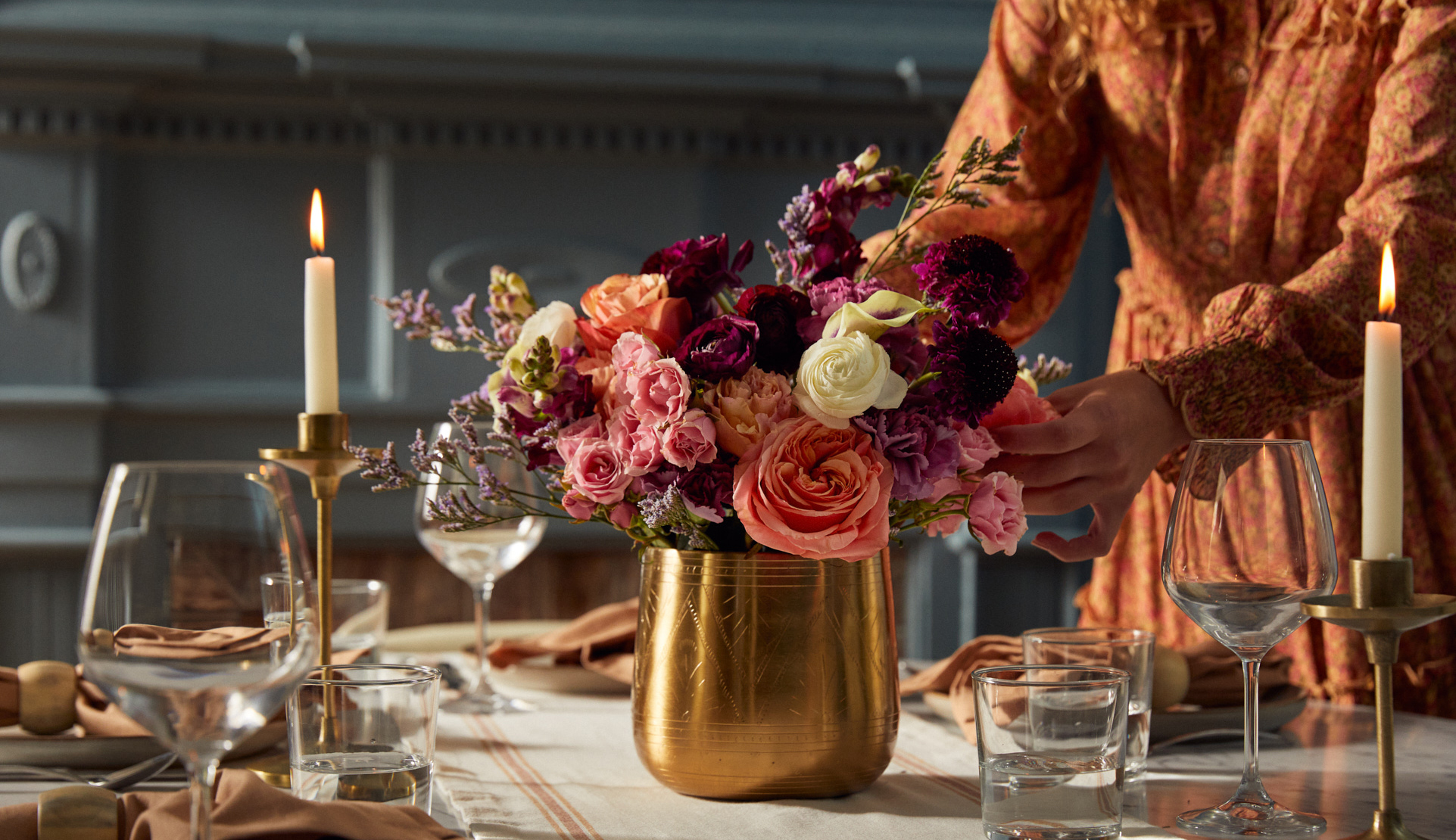 DIY fall floral centerpiece for entertaining
