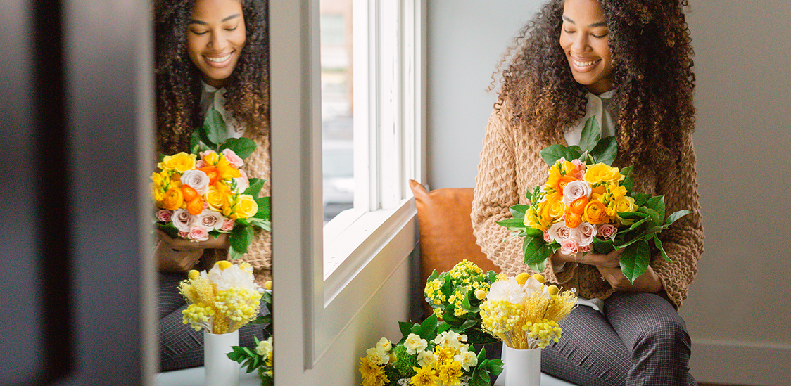 Yellow bouquets to send to a friend