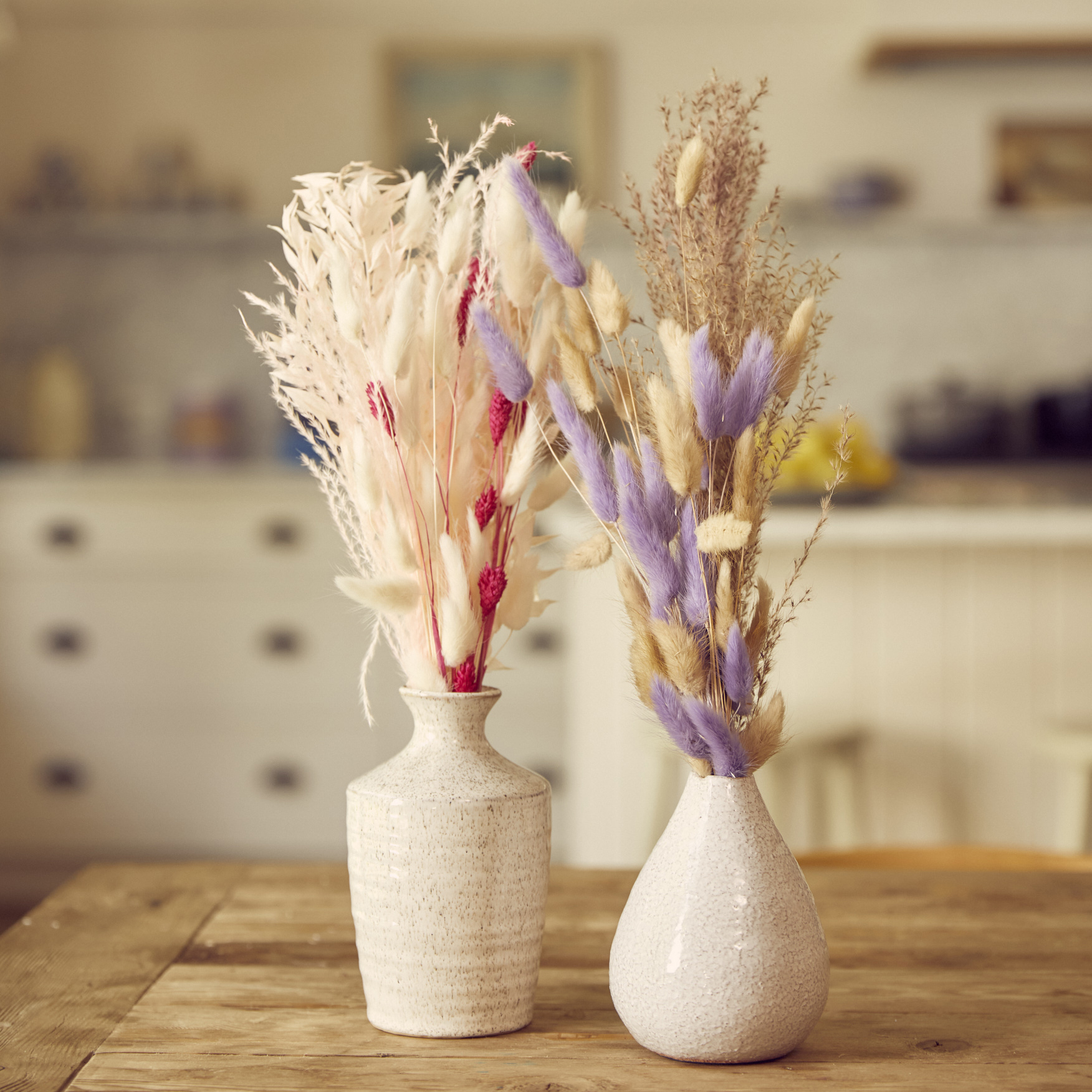decorating-with-dried-bouquets